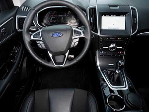 Ford Edge 2.0 TDCi 4x4 ST-LINE