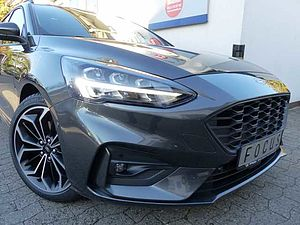 Ford Focus Turnier 1.5 EcoBoost ST-LINE neues Modell 8-fach Bereifung