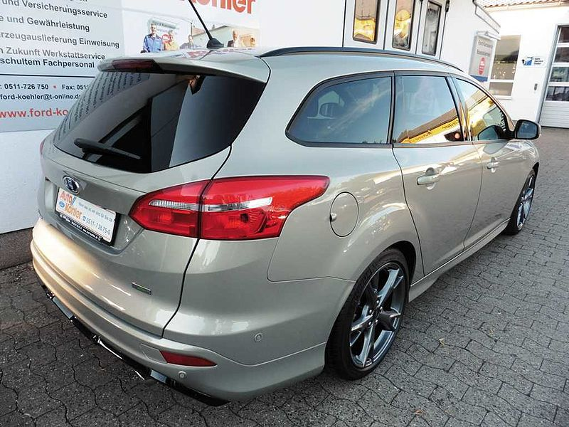 Ford Focus Turnier 1.5 EcoBoost ST-Line