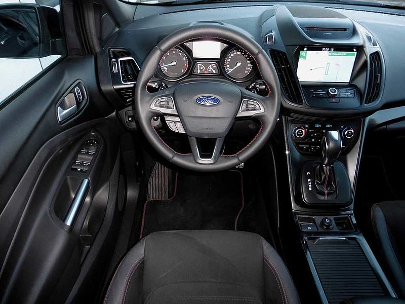 Ford Kuga ST-Line 1.5 EcoBoost 4x4 Automatik (8fach Bereifung)
