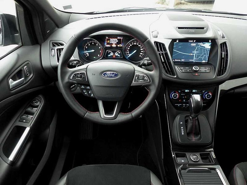 Ford Kuga ST-Line 2.0 EcoBoost 4x4 Automatik (8-fach 19Zoll-Bereifung)